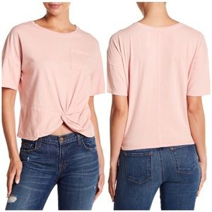 LUCKY BRAND BLUSH TWIST FRONT TEE